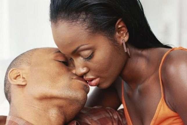 romantic ways to kiss your boyfriend