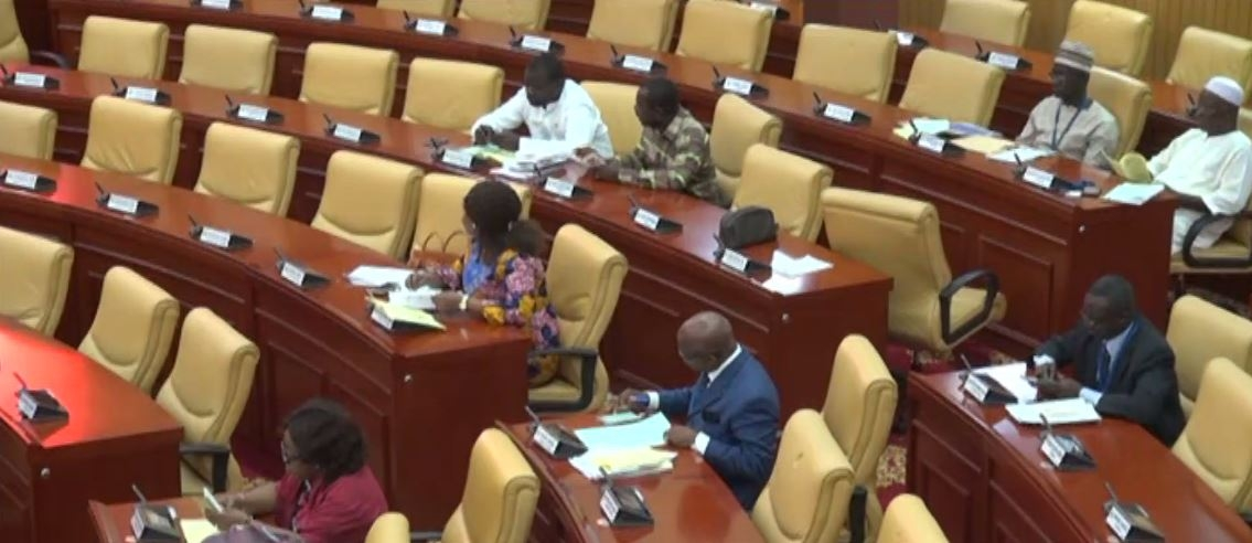 LIVESTREAMING: Finance Minister presents 2017 Budget