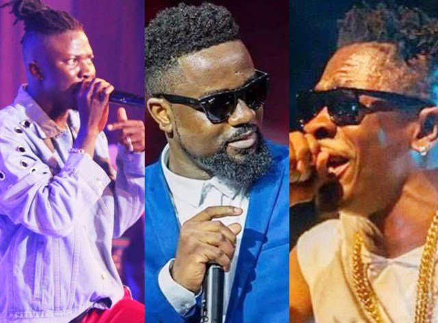 Shatta Wale, Stonebwoy & Sarkodie clash on stage at AMG Connect Concert
